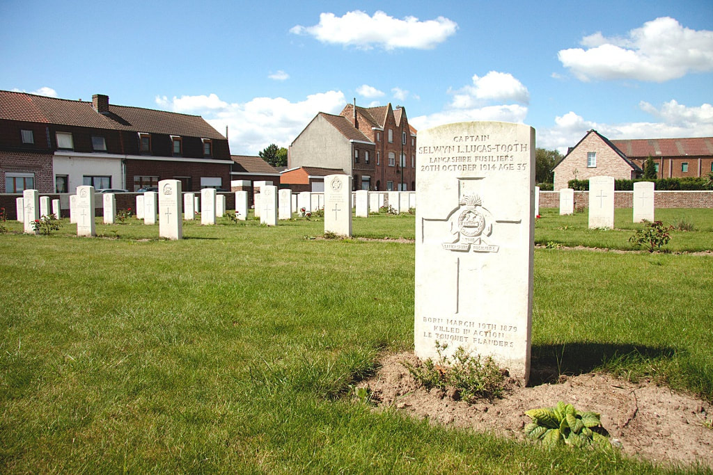 Le Touquet Railway Crossing Cemetery