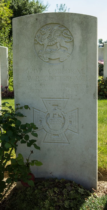 Lillers Communal Cemetery, V. C. Cotter